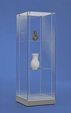 Freestanding glass museum quality display case including over 6 customization options. #museum #case #artdisplay www.artdisplay.com www.10-31.com