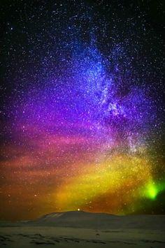 Aurora borealis, Milky Way. Iceland. photo: Ragnar Sigurdsson.