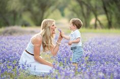 family pictures, natural family portraits, natural family pictures, outdoor family pictures, casual portraits, field of flowers, lupines,