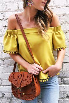 blusas-de-moda-con-hombros-descubiertos (18) - Beauty and fashion ideas Fashion Trends, Latest Fashion Ideas and Style Tips