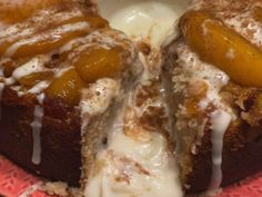 If you like peach desserts then you definitely want to give this southern peach cobbler cake a try! Over a pound of peaches goes into this moist and soft. Peach Cobbler Cinnamon Rolls, Peach Cobbler With Bisquick, Homemade Peach Cobbler, Peach Cobbler Dump Cake, Fresh Peach Cobbler, Southern Peach Cobbler, Peach Pound Cakes, Sour Cream Pound Cake, Peach Upside Down Cake