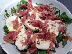 Lunch: arugula, mozzarella and prosciutto salad.