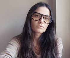 Atelier Persol. To celebrate Persol, 8 artists were invited to a manor in Florence. See the art of Vanina Sorrenti