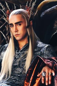 Breathtaking Lee Pace as Thranduil. Dem rings tho