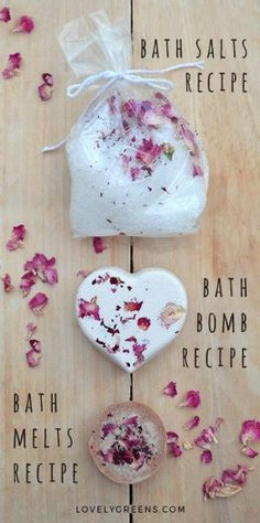 diy gifts Make handmade gifts using these recipes for rose & geranium fizzy bath bombs, creamy bath melts, and mineral-rich scented bath salts. Pot Mason Diy, Mason Jar Crafts, Fondants Pour Le Bain, Bath Bomb Recipes, Bath Melts, Navidad Diy, Wine Bottle Crafts, Diy Weihnachten, Homemade Gifts