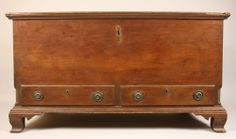 Fine southern inlaid blanket chest. Attributed to TN. MESDA label, ca. 1800