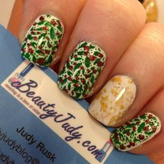 Holly-day mani! Featuring Zoya Purity & Gilty