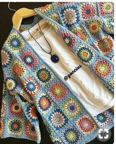 Transcendent Crochet a Solid Granny Square Ideas. Inconceivable Crochet a Solid Granny Square Ideas. Pull Crochet, Gilet Crochet, Crochet Coat, Crochet Jacket, Crochet Cardigan, Crochet Clothes, Knit Lace, Granny Square Crochet Pattern, Crochet Squares