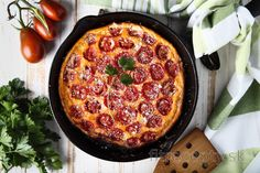 Low carb paradajková frittata Quiche, Janta Low Carb, Low Calorie Recipes, Healthy Recipes, Frittata Recipes, Vegetable Puree, Vegetarian Cheese, Tapas, Easy Meals