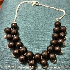 otro modelo de collar de bolas