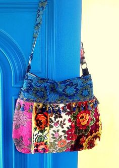 Beautiful Florals Gypsy Bag by Justbepurses on Etsy