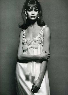 Jean Shrimpton models a Nina Ricci wedding dress, 1960s Vogue