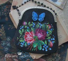 """сумочка """"букет для Марии"""" (Лицевая сторона-вышивка по канве.Бабочка вышивалась отдельно.)"""