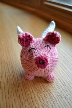 Ravelry: Oink pattern by Susan B. Anderson - with a bouncy ball inside!  This is so funny-cute!
