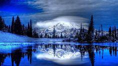 kışın göle yansıyan dağ