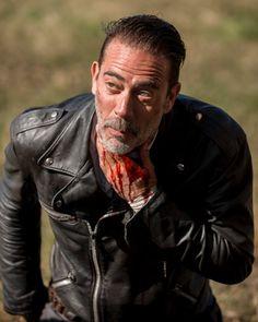 ~ Wrath ~ Negan - The Walking Dead Photo - Fanpop Walking Dead Season 8, The Walking Dead 2, Walking Dead Zombies, Walking Dead Memes, Jeffrey Dean Morgan, Wattpad, Dead Inside, Stuff And Thangs, Rick Grimes