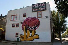 Graffiti : Autre vue sur la peinture murale «Brainlington» réalisée par l'artiste #EwokOne à Seattle aux États-Unis. © Ewokone