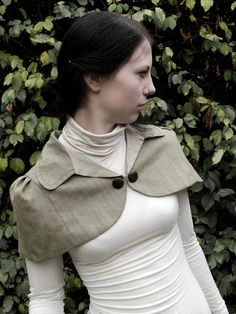 Discover the Burda Style universe Capes, Tweed Ride, Blazers, Witchy Outfit, Street Hijab Fashion, Apocalyptic Fashion, Fashion Wear, Bridal Fashion, Fashion Women