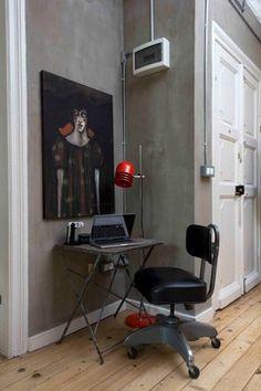 Grey walls - light wooden floors - By stok mimarlık