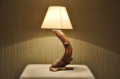 Drevená dekoračná lampa - dub