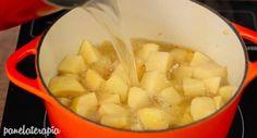 Creme de Batata com Bacon – Panelaterapia Bacon, Fondue, Cheese, Ethnic Recipes, Youtube, Yummy Recipes, Dishes, Cook, Ideas