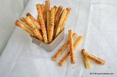 Biscuiti sarati – crackers cu cimbru Martha Stewart, Crackers, Buffet, French Toast, Bacon, Appetizers, Bread, Snacks, Breakfast