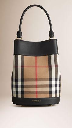 Bolsa The Bucket de couro com padrão House check | Burberry