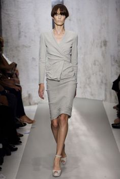Donna Karan Collection Spring/Summer 2010 Ready-To-Wear Collection | British Vogue