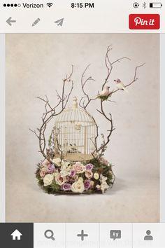 InJaulas con motivos florales