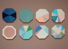 Studio Fludd, collectif de designers, petites formes géométriques peintes, hexagones.