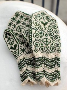 mittens peace & love by osloann