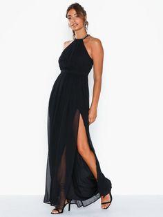 Shoppa NLY Eve Halterneck Beaded Gown | Festkjoler - Nelly.com Beaded Gown, Eve, Hollywood, Gowns, Formal Dresses, Fashion, Vestidos, Dresses For Formal, Moda