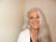 Forscher finden Gen, das die Haare grau macht. Den Artikel zum Thema im Seniorenblog: http://der-seniorenblog.de/senioren-news-2senioren-nachrichten/ . Bild: CC0