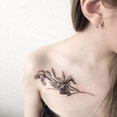Iris #tattooisthongdam #타투 #타투이스트홍담