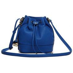 Bolsa Saco Azul. Loja virtual: https://www.notore.com.br/bolsas-femininas/bolsa-saco