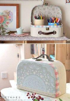 DIY Retro Cosmetic Case Using Cardboard and Fabric