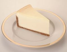 Cheesecake Factory Dessert Original Cheesecake in blissfully delicious dessert of mom's meals Worlds Best Cheesecake Recipe, Cheesecake Factory Desserts, Sour Cream Cheesecake, Cheesecake Recipes, Tart Recipes, Sweet Recipes, Dessert Recipes, Halal Recipes, Yummy Treats
