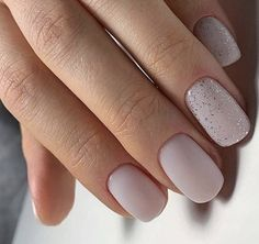 The advantage of the gel is that it allows you to enjoy your French manicure for a long time. There are four different ways to make a French manicure on gel nails. Nail Art Cute, Cute Nails, Pretty Nails, My Nails, Basic Nails, Simple Nails, Simple Bridal Nails, Short Nail Designs, Colorful Nail Designs