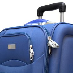 Do I Need to Lock My Bag When I Fly?  Want to reduce the risk? Be sure to get the right lock—only those with Travel Sentry or Safe Skies emblems are TSA-approved.