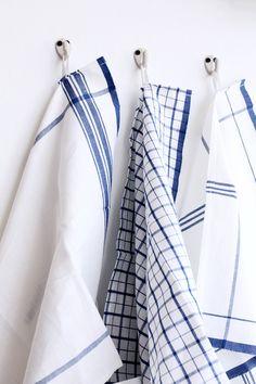 Linge à vaisselle Linen Loom Weaving, Hand Weaving, Weaving Projects, Weaving Patterns, Wool Blanket, Tea Towels, Stripes, Images, Cleaning