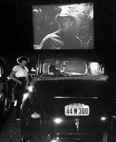 Theater Rancho . San Francisco . 1948 . Photo by Allan Grant
