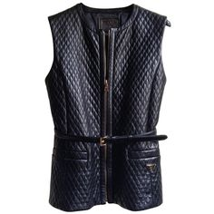 Pre-owned Leather vest (47.210 RUB) ❤ liked on Polyvore featuring outerwear, vests, black, quilted vest, quilted leather vest, prada vest, pocket vest and prada