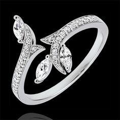 9a1a52d46f06 Anillo Bosque Misterioso - oro blanco 18 quilates y diamantes de forma  marquesa