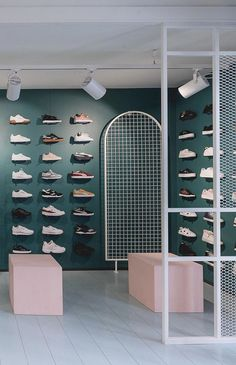 Shop display rack at milk streetwear shop in liège. Shoe Store Design, Retail Store Design, Retail Stores, Retail Business Ideas, Visual Merchandising, Retail Interior Design, Interior Shop, Streetwear Shop, Store Interiors
