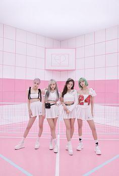 Kpop Girl Groups, Kpop Girls, Blackpink Poster, Tumbrl Girls, Mode Kpop, Lisa Blackpink Wallpaper, Iphone Wallpaper, Streetwear, Blackpink Video