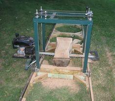 Resultado de imagem para how to make a chainsaw mill Homemade Chainsaw Mill, Homemade Bandsaw Mill, Portable Chainsaw Mill, Portable Saw Mill, Lumber Mill, Wood Mill, Chainsaw Mill Plans, Woodworking Plans, Woodworking Projects