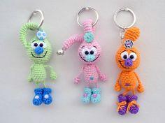 Crochet Sample 'Ionian Tröpfli' Fortunate allure, bag allure, reward thought Diy Crochet And Knitting, Crochet Bear, Crochet Gifts, Crochet Animals, Crochet Dolls, Knitting Patterns, Crochet Dragon, Crochet Keychain, Knit Patterns