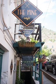 A list of the best Sedona restaurants (including surrounding areas), ranging from Mexican and Latin inspired, brunch locations, and fine dining. Jerome Arizona, Sedona Arizona, Cottonwood Arizona, Prescott Arizona, Arizona Road Trip, Arizona Travel, Vacation Places, Vacation Spots, Vacation Deals