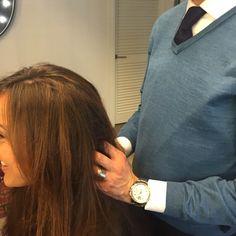 BÓpeinado, Jaume terminando un cambio de imagen. #Bopeluqueria #bospots #hair #hairstyle #peinados #moda #tendencias #peluqeria #Barcelona #event #peinados