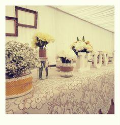vintage wedding decor